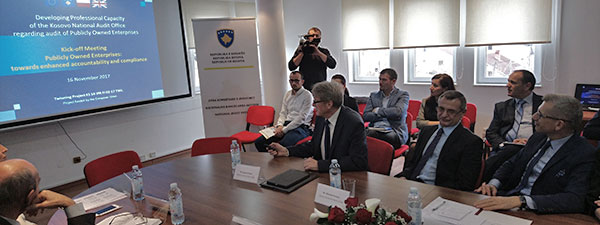 Polish delegation presenting the basis of the project