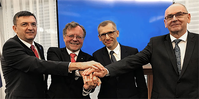 The presidents of the NOK of the Visegrad Group V4 (from the left): the president of the NOK of Hungary Laszlo Domokos, the president of the NOK Czech Republic Miloslav Kala, the president of the NIK Krzysztof Kwiatkowski, the president of the Supreme Audit Office of Slovakia Karol Mitrik