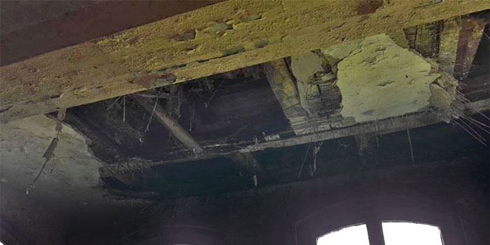 Wnętrze dworca kolejowego w Tetyniu  Źródło: materiały z kontroli NIK