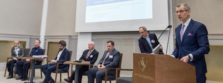Prezes NIK Krzysztof Kwiatkowski przemawia na konferencji