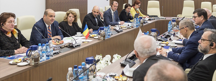Prezes NOK Rumunii Mihai Busuioc i jego delegacja w trakcie spotkania roboczego