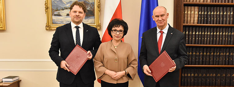 Vice-President of the Supreme Audit Office of Poland Marek Opioła, Speaker of the Sejm, Elżbieta Witek, Vice-President of the Supreme Audit Office of Poland Tadeusz Dziuba